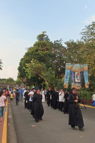 Procession led by the Seminarians of the IVE