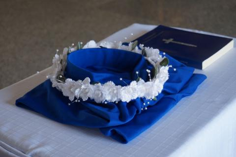 Crown representating the crown of glory in heaven