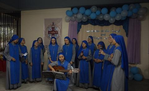 Juniorate sisters offered song for the novices
