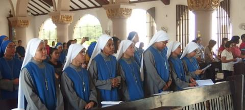 novices wear habit that sigifies their love of God